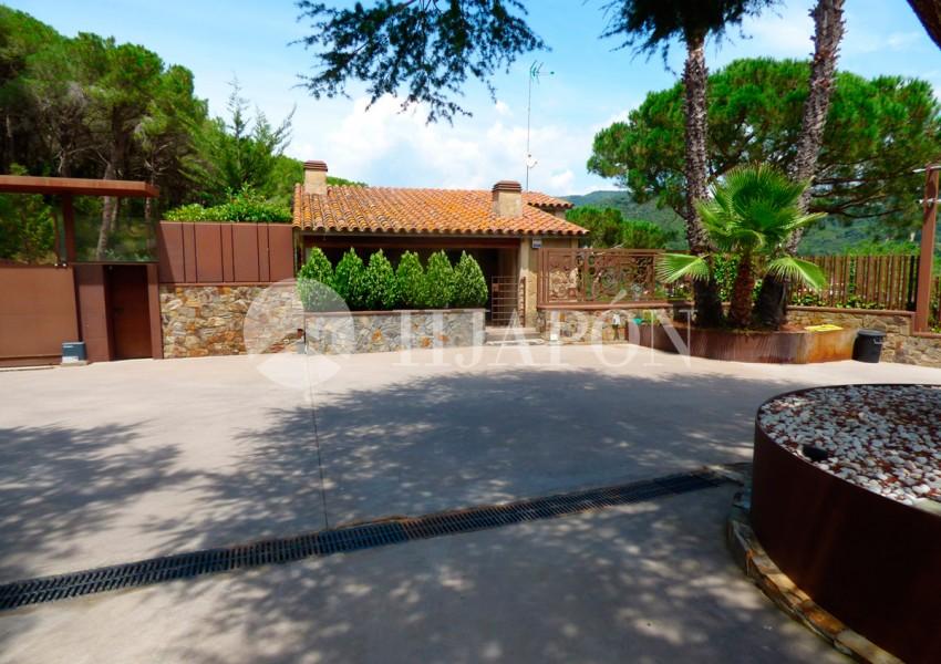 01387-12-luxury-real-estate-agency-in-barcelona-6xpc7cd54gqi37prodxl4nlwy9pe8zytl384s5cctdm