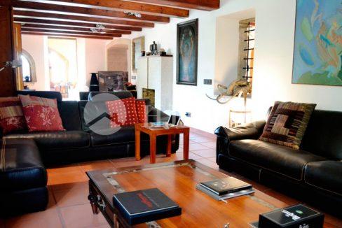 01393-07-buy-property-in-barcelona-6xyleergwaet79zn4vjg4uqb2lrrdqnt4hnke0kzcu2