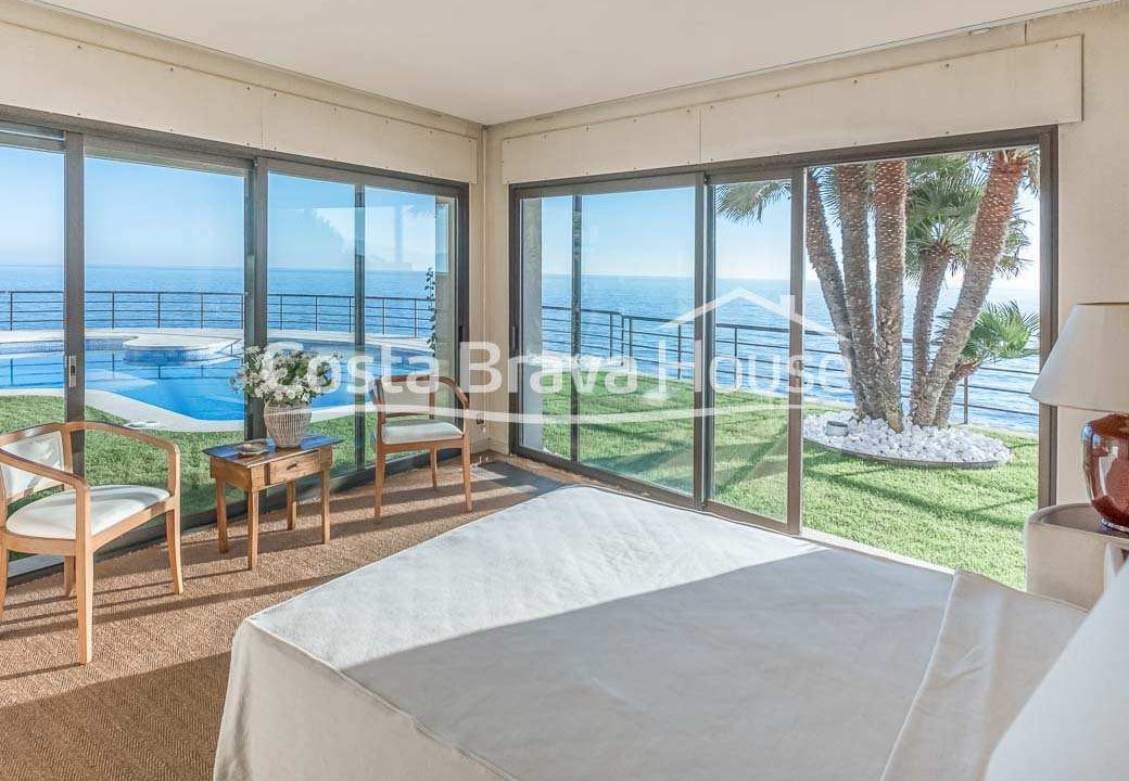 42-luxurious-seafront-house-in-sant-feliu-guixols