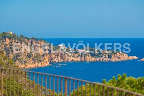 extraordinaria-villa-de-lujo-con-panorámicas-vistas-al-mar (2)