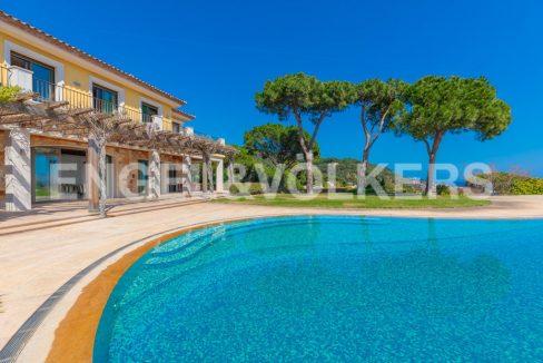 extraordinaria-villa-de-lujo-con-panorámicas-vistas-al-mar (5)
