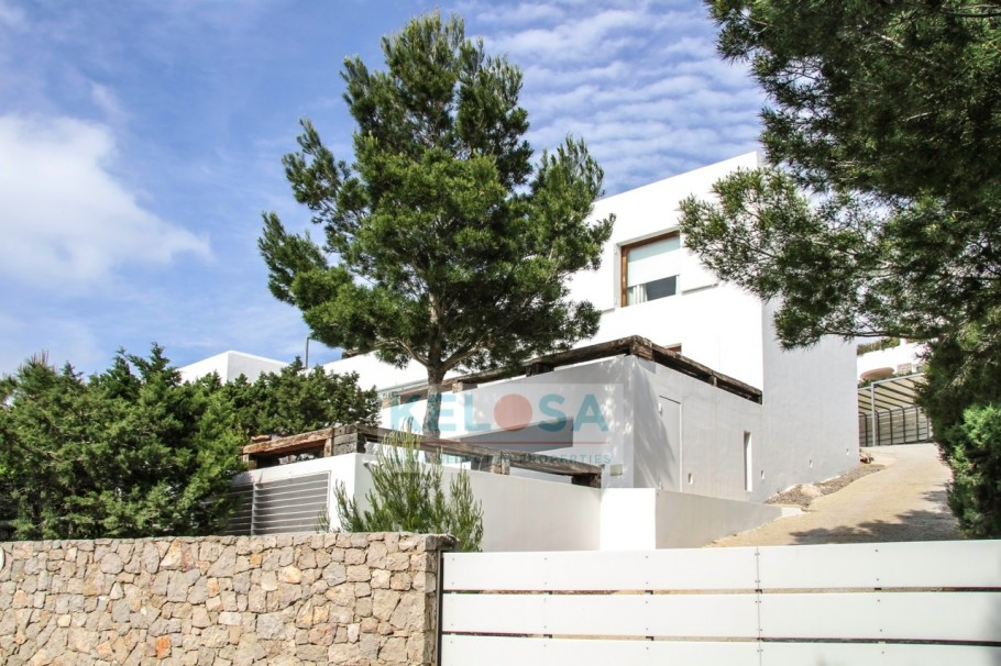 tn_910_606_storage_2020_March_week2_31216_02_Kelosa_Ibiza_Minimalist_villa_with_stunning_sea_view_Na_Xamena_WM