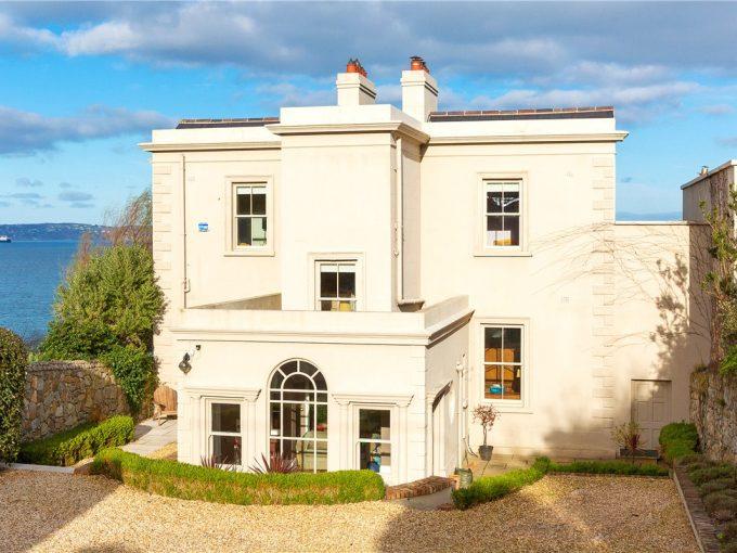 Portal Inmobiliario de Lujo en Dalkey, presenta lujoso chalet venta en Dublín, propiedad de lujo para comprar y viviendas de alta gama en venta en Irlanda.