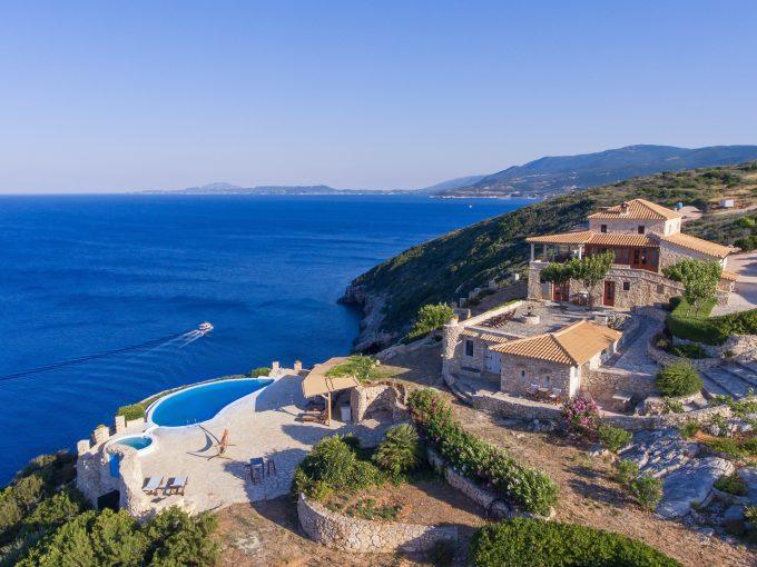 Portal Inmobiliario de Lujo en Zakynthos, presenta finca de lujo venta en Islas Jónicas, villas lujosas para comprar y propiedades exclusivas en venta en Grecia.