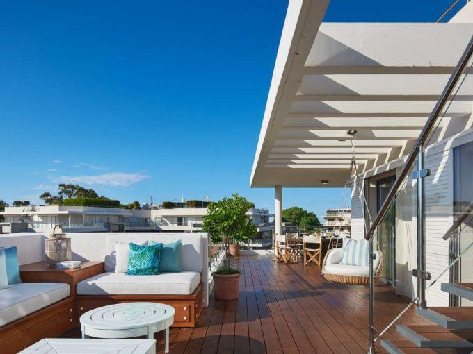 Portal Inmobiliario de Lujo en Antibes, presenta piso de lujo venta en Riviera Francesa, ático exclusivo para comprar y dúplex independiente en venta en Francia.