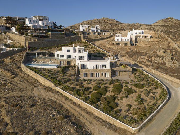 Portal Inmobiliario de Lujo en Mykonos, presenta villa exclusiva venta en Fanari, vivienda de lujo para comprar y casa lujosa en venta en Grecia.