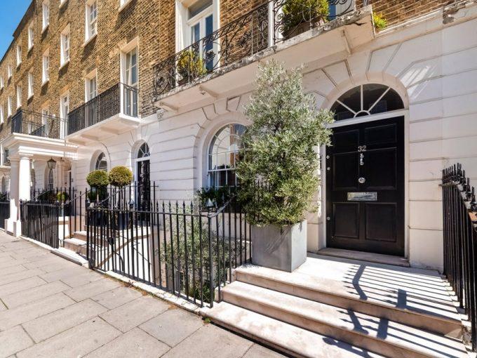 Portal Inmobiliario de Lujo en Londres, presenta chalet adosado de lujo venta en Belgravia, casa de alta gama para comprar y propiedades exclusivas en venta en Inglaterra.